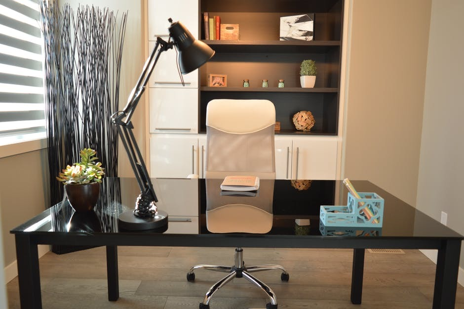 Tips That You Need When Choosing Office Furniture