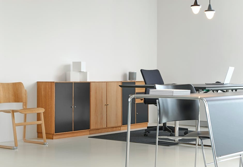 Factors To Check When Buying Office Furniture